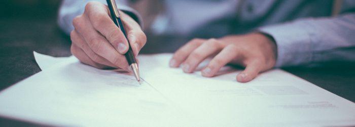 Rådfør dig med en boligadvokat, før du skriver under på slutsedlen